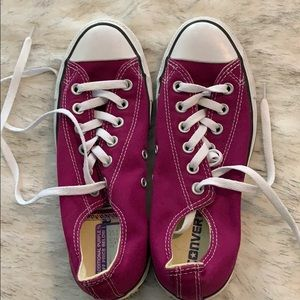 Converse Sneakers - Excellent Condition